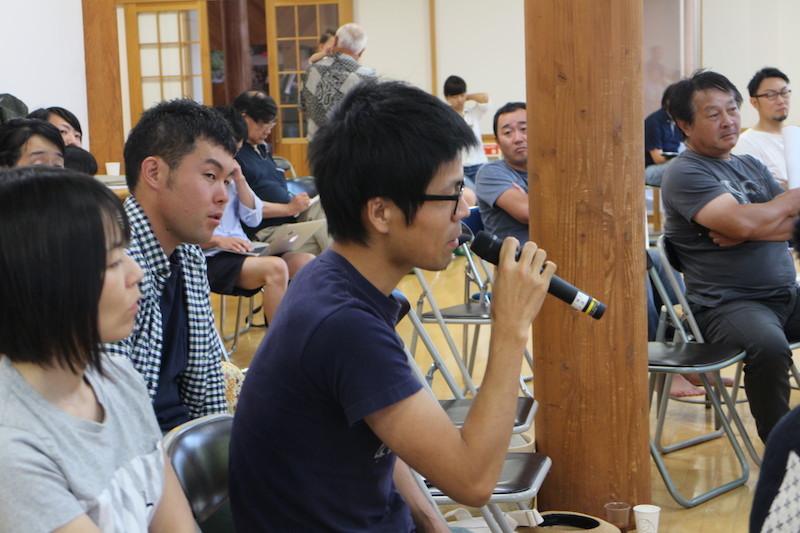内山節さんの講演に、参加者から次々と質問が出た