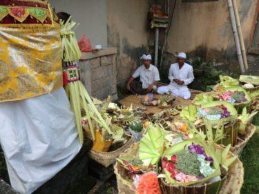 【バリ・ウブド村通信(8)】ご先祖様を迎える、年に一度の大きなお祭り