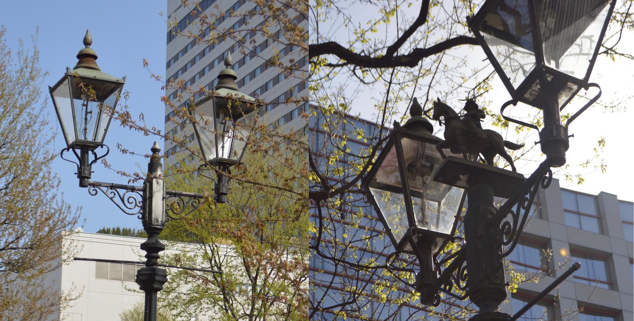 仙台市中心部の通常のガス灯(左)と、「隠れ政宗」がいるガス灯(右)