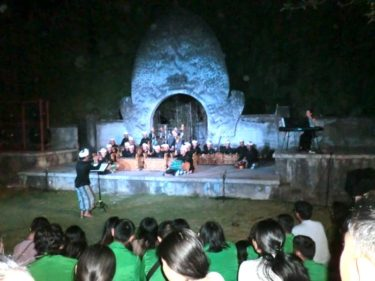 【バリ・ウブド村通信(12)】伝統芸能ガムランを世界に。感動的なピアノとのコラボ