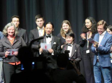 第69回ベルリン国際映画祭レポート(2) 少年少女向けオープニングに「ウィーアーリトルゾンビーズ」