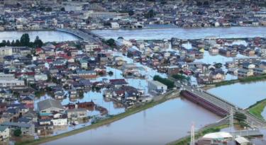 【台風19号】阿武隈川氾濫で浸水した福島県郡山市のドローン映像(13日午前)