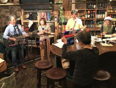 コロナ禍にも音楽を止めぬ店 仙台・稲荷小路のライブバー再訪